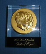 1973 Nixon-agnew Official Inaugural Medal Gold-plated In Lucite 700-made.