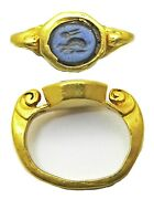 3rd Century Ancient Roman Gold Intaglio Ring Of A Crouching Hare Sacred To Venus