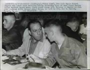 1959 Press Photo Mayor Robert Wagner Has Lunch With Recruits During 3-day Tour