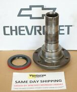 Chevy 1/2 Ton 1971-1972 Front Axle Knuckle Spindle 27810x 35688 Oem Spicer