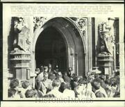 1970 Press Photo Smoke Bombs Clear The House Of Commons In London - Now18309