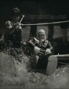 1984 Press Photo Tommy Bartlett Did Manage To Get Up Onto Water Skier