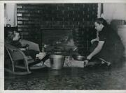 1939 Press Photo Mrs.culp Used Old Heating Method Because Of Gas Shortage