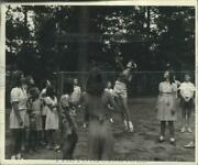 1941 Press Photo Young Ladies Compete In Volleyball At Girls Club Summer Camp