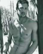 Taylor Kinney Tvand039s Chicago Fire Star Signed Photo