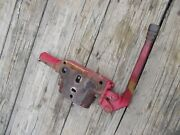 International 504 Utility Ih Tractor Left Hydraulic Valve Block W/ Lever And Cover