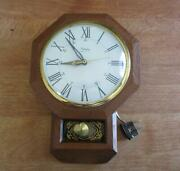 Vintage United Metal Goods Mfg Co Model No. 374 Electric Wall Clock Working