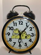 Vintage 12in Large Garfield Alarm Clock. Second Hand Does Not Work.