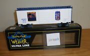 Weaver Models Ps-1 40and039 Boxcar Genny Light Beer 2012 O Scale Train Car 3-rail