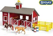 New Breyer Stablemates Red Stable Set W/ Two Horses 132 Scale - 59197