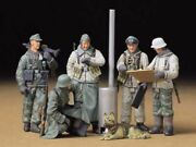 Tamiya 1/35 Military Miniature No.212 German Army Infantry Field Conference F/s