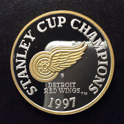 1997 Enviromint Nhl Red Wings Stanley Cup Champions Silver Round A5147