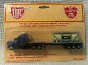 Ihc Ho Scale 920 40and039 Tractor Flatbed Trailer Milk Tank Container Nip