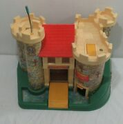 Vintage 1970and039s Fisher Price Little People Family Castle 993 Complete +