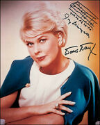 Doris Day - Autograph Musical Quotation On Photo Signed With Co-signers