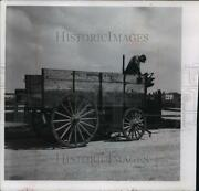 1966 Press Photo Antique Wagon Used To Haul Ice Acquired By Circus World Museum