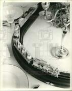1975 Press Photo Gravy Train Used On Buffet Table. - Hpa03396