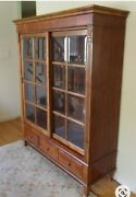 Gorgeous Ethan Allen French Regency Display Cabinet/bookcase In Great Condition