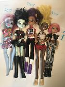 Monster High Doll Lot - 5 Monster High Dolls Clothes Shoes Blue Skin Green Face