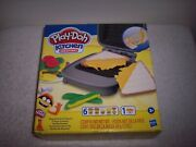 Play-doh Kitchen Creations - Cheesy Sandwich Play Set - With 7 Compounds - New