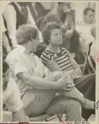 1979 Press Photo Lois Pont-briant With State Representative Chris Shays