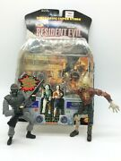 Toybiz Capcom 1998 Resident Evil 2 Hunk And Zombie Action Figure Set Open Package