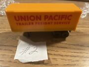 Ho Scale Tyco Union Pacific Trailer Freight Service
