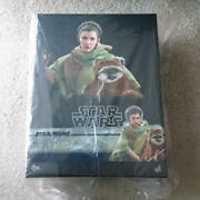 New Leia Amp Wicket With Accessories Hot Toys Star Wars Figure