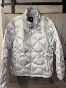 The Quilted Puffer Jacket Womens 550 Down Insulated Silver White Xl