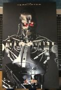 Hot Toys Terminator Mms33 16 Action Figure T-800 Endoskeleton Collector's Ed.