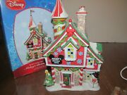 Dept 56 Mickey's Castle Disney Merry Christmas Village 2009 W/ Flag And Box