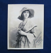 Original Signed And Inscribed Vintage Photo Of Silent Film Actress Dorothy Gish