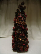 22 Christmas Tree Table Decoration, Pine Cones And Red Berries