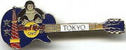 Hard Rock Cafe Tokyo 1990's King Kong And Tower On Blue Les Paul Guitar Pin 9983