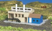 N Scale Factory Building Built-up Ready To Use Bachmann New 45902