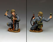 King And Country Ww2 German Army Wh081 Kneeling Panzer Grenadier Mib