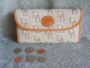 New Dooney And Bourke Clutch Wallet And Checkbook Organizer Cover =tan/tan=save63
