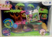 Littlest Pet Shop Magic Motion Tree House Includes Pets 2752, 2853 And 2111.