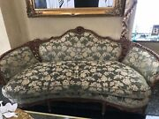Antique Artist Design Couch Set With Wooden Class Cofee Table