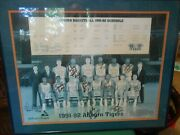 Great 1991-92 Auburn University Basketball Team Picture With 12 Autographs