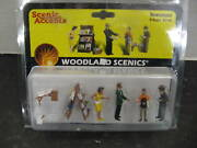 Woodland Scenics 2740 O Scale Newsstand Figures New In Factory Sealed Package