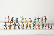 H0 24 Figurines From Lead Among Others Person With Child Police Pair 133962