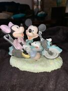 Mickey Minnie Mouse Motorcycle 2 Hearts 1 Road Disney Precious Moments Figurine