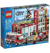 Lego 60004 And 60047 - City / Town - Fire Station And Police Station - New