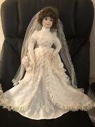 Victorian Bride Made In 1987 By Encore 21andrdquo Heirloom Collection Porcelain Doll
