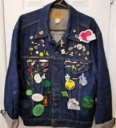 Levi Strauss Brand Denim Jacket Coat Collector 80and039s Pins Menand039s Size 50 Vintage