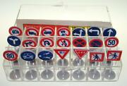 Marusan Ho Scale Slot Car Racing Plastic Traffic Signs Made In Japan Group A