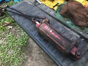 Ih International 340 Utility Fast Hitch Cylinder And Hoses Off Runner
