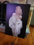 Marilyn Monroe Capital Art Canvas Poster Picture Wall Art Print 24x36 Inch