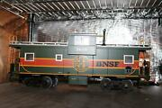 Usa Trains Bnsf 3628 G Scale Extended Vision Caboose